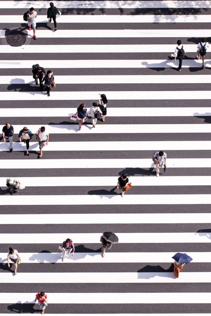 Menschen auf Streifen
